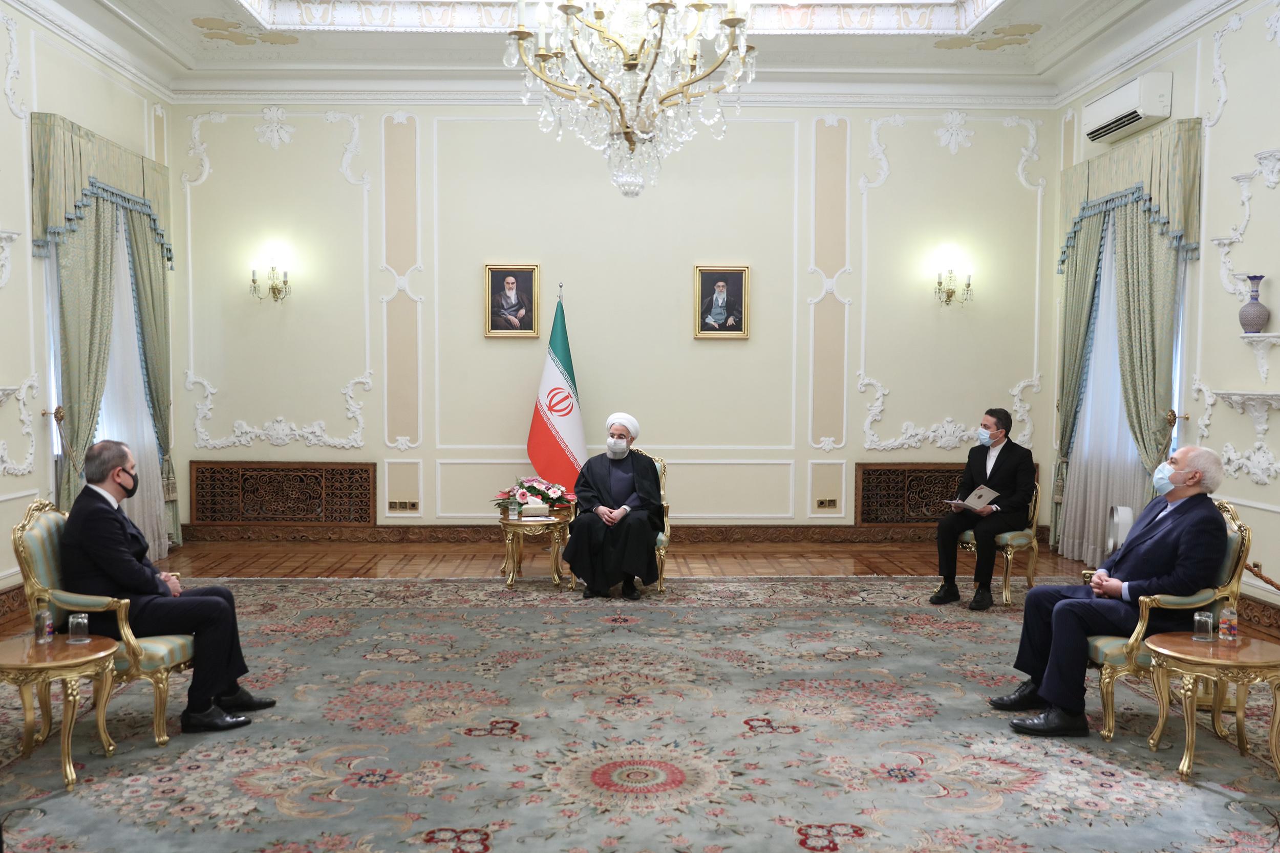 Rouhani Social Distancing