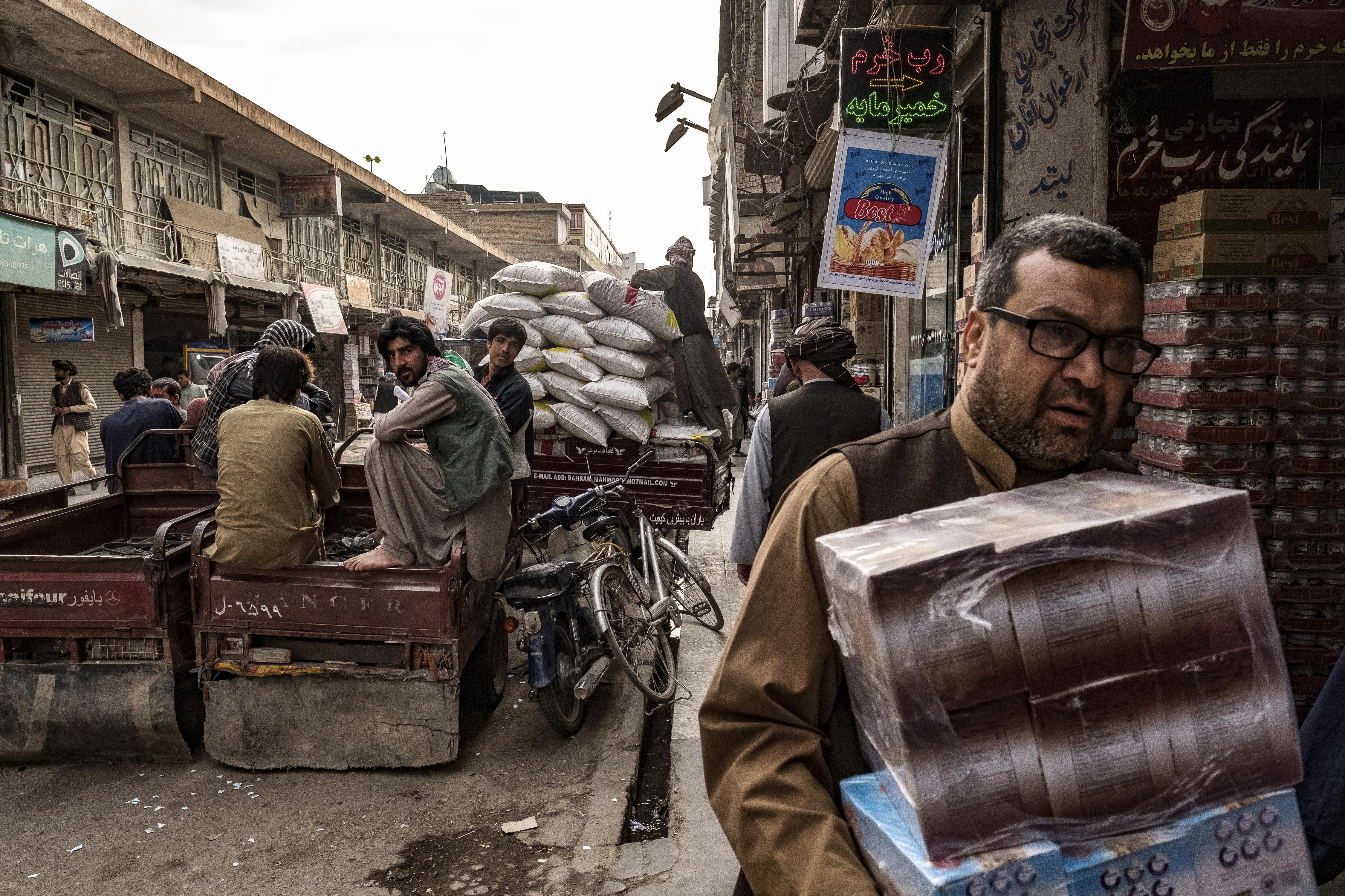 Afghan bazaar